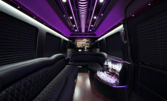 12 passenger sprinter in Sacramento Interior